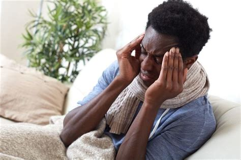 Signs and symptoms of Ebola virus infection