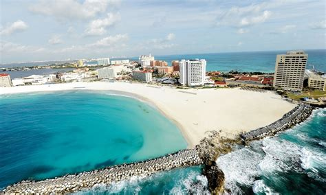 Cheap vacation packages Montreal - Cancun Mexico - South