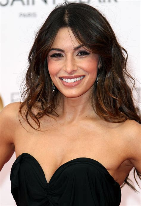Sarah Shahi to Guest Star on NBC's Chicago Fire   TV Guide