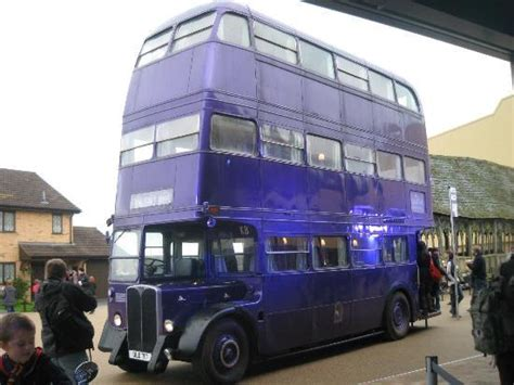 Knight Bus - Picture of Warner Bros