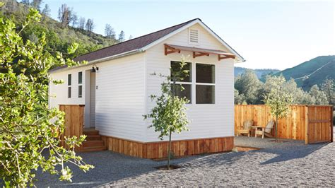 Should You Buy A Tiny House? — Real Estate 101 — Trulia Blog