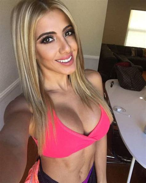 Beautiful Busty Girls That Are Guaranteed To Drop Your Jaw